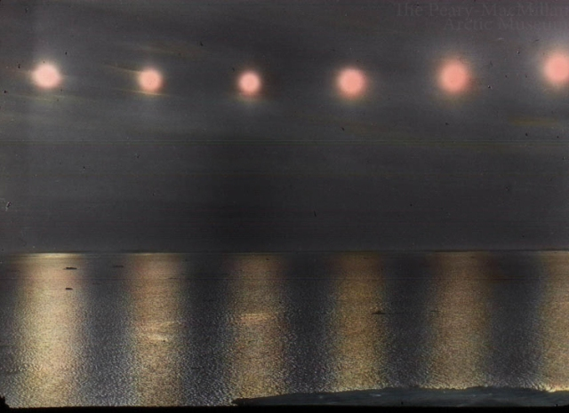http://arcticmuseum.tumblr.com/post/20855158687/six-suns-a-timelapse-photo-of-an-arctic-day