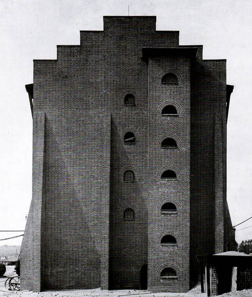 Hans Poelzig. Usine d'acide sulfurique, Luban, Pologne, 1911-1912
