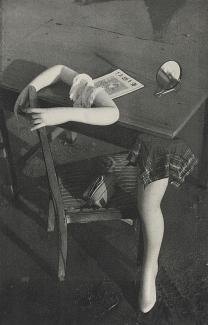 Nakaji Yasui  安井 仲治(1903-1942)  De la Photobook %22Hikari%22 (lumière) Maruzen, Osaka 1940  préparatif à la fête
