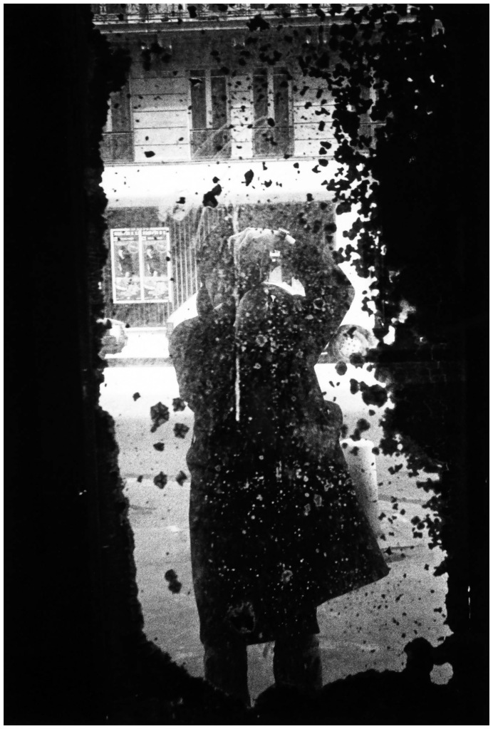 Daido Moriyama, (Self-portrait), Paris, 1989