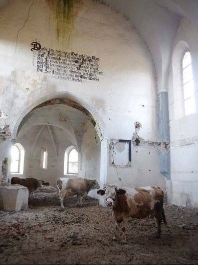 e2809cfortified-transylvania-saxon-lutheran-church-of-dobacc82rca-sibiu-county.jpg